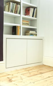 Contemporary alcove cupboards with shadow gap