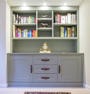 Fitted Alcove cupboards with drawers