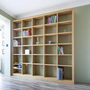 Contemporary fitted bookcase in Oak