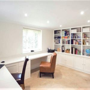 Spacious Shaker Home office