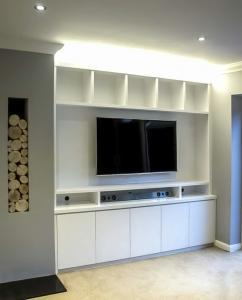 Contemporary built in TV media cabinets