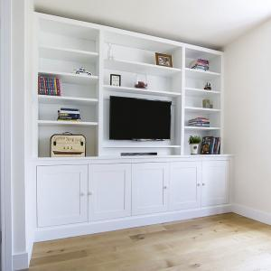 Large built in cupboards and TV Media unit