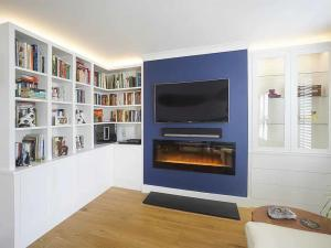 Modern built in TV cabinets and bookshelves