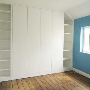 Modern built in wardrobes