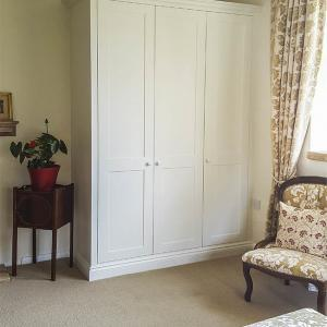 fitted shaker wardrobes