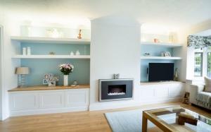 Alcove cupboards Marlow