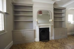 Alcove cupboards in dark paint colour in Oxford
