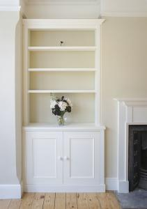 alcove built in cupboards in Oxford