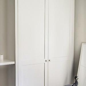 Bespoke fitted alcove wardrobes with shaker doors