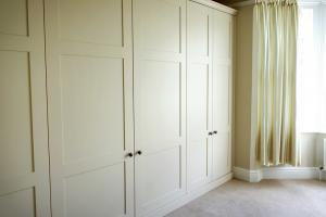 Fitted wardrobes in a bedroom