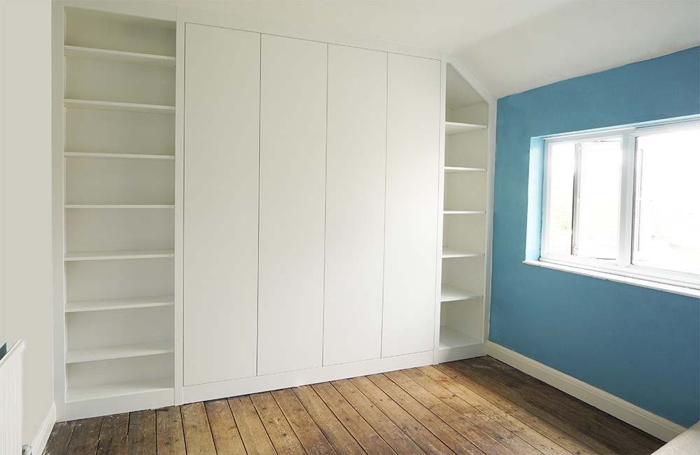 Modern Fitted Wardrobes   Built in Solutions