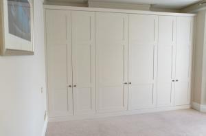 Shaker-wardrobes-across-alcoves