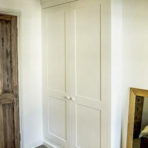 Single Built in alcove wardrobe