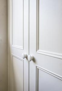 victorian door beading close up