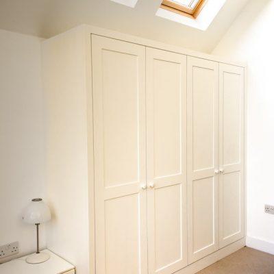 4-door-shaker-wardrobe-in-corner