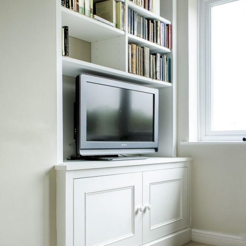Mordern Alcove cupboards