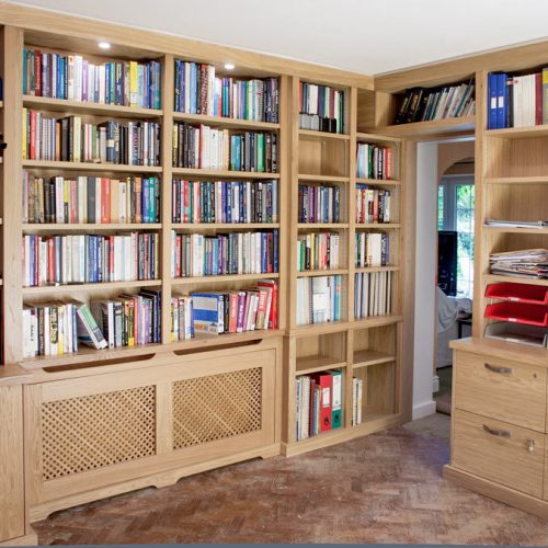 Home Library in Oak with radiator cover