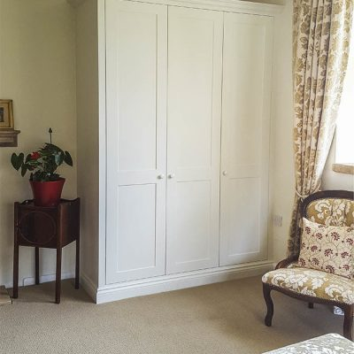 Simple shaker designed fitted wardrobe