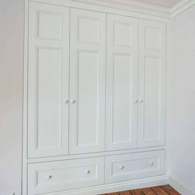 Victorian-period-wardrobe-in-an-Alcove