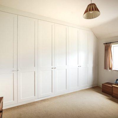 Wall-to-wall-shaker-wardrobes